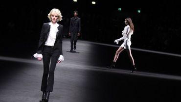 C'est au son de Prince que Versace a fait défiler ses mannequins.