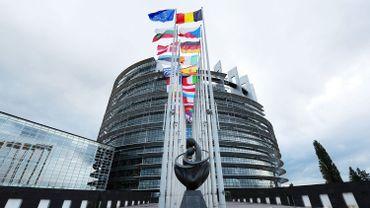 La commission d'enquête est chargée d'examiner les éventuelles infractions au droit de l'UE de la part de la Commission européenne et des Etats membres en matière de blanchiment de capitaux, d'évasion et d'évitement fiscaux.