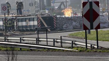Station-service en feu à Wetteren