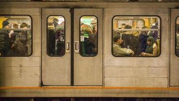 La circulation des métros interrompue à Bruxelles entre Elisabeth et Arts-Loi
