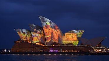 L'Opéra de Sydney rend hommage aux pompiers australiens