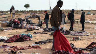 Libye: les corps de 41 migrants récupérés sur une plage près de Tripoli