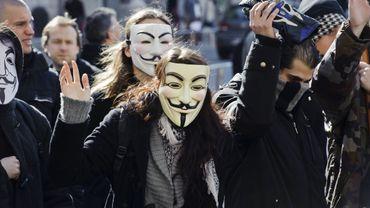 Révélations Anonymous: un conseiller communal Vlaams Belang démissionne