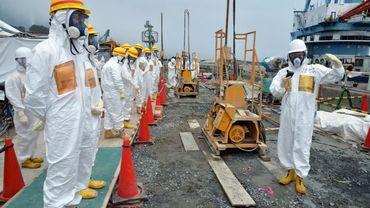 """Véritable drame """"humain et environnemental"""" à Fukushima, où 300 tonnes d'eau contaminée se déversent chaque jour dans le Pacifique"""