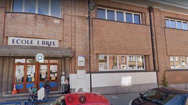 La commune de Jette a décidé de limiter l'accès aux salles des profs après la découverte d'un 'cluster' à l'école Jacques Brel