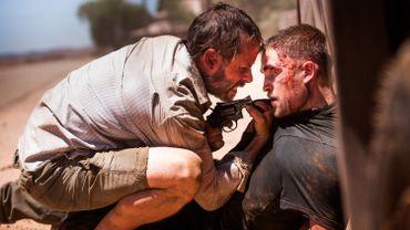 "Guy Pearce malmènera Robert Pattinson dans ""The Rover"""
