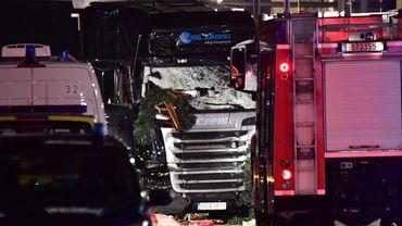 Camion dans la foule à Berlin: le chauffeur avait disparu depuis 16h