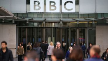 Selon la BBC, son service en persan est la cible de Téhéran depuis son lancement en 2009.