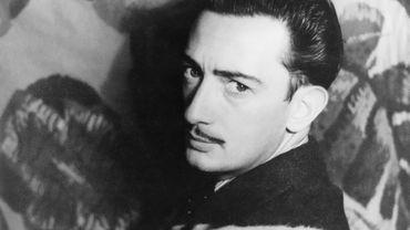 Salvador Dalí photographié par Carl van Vechten, le 29 novembre 1939.