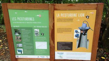 Panneaux explicatifs sur le site de l'Aquascope