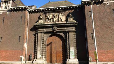 """La """"porterie"""", telle qu'elle apparaît dans les publications de l'association Le Vieux Liège"""