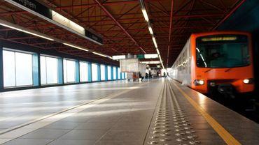 Une BD retrace la riche histoire de Bruxelles à travers ses 69 stations de métro