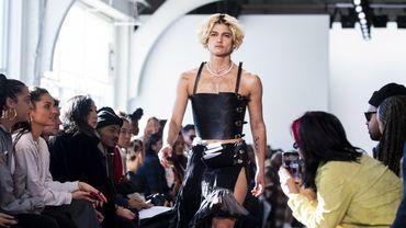 Le créateur originaire de Los Angeles Pierre Davis a fait ses débuts lundi à New York, devenant le premier designer transgenre à présenter une collection lors de la Fashion Week