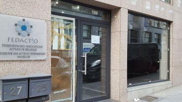 A Schaerbeek, le siège de Fedactio, fédération d'associations belgo-turques, a été vandalisé après la tentative de coup d'Etat en Turquie.