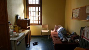 La prison de Lantin n'est pas équipée pour l'heure elle pourrait ne pas ouvrir avant mercredi.