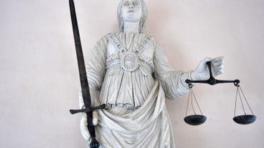 La justice est aveugle, mais doit disposer d'une mémoire accrue.