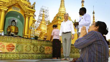 Didier Reynders lors de sa dernière visite en Birmanie le 16 mars 2013