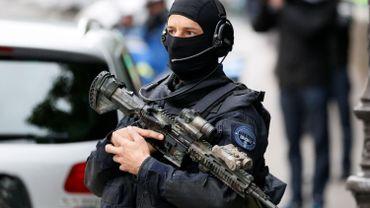 Attentats à Paris: quand Salah Abdeslam convoyait dix membres de la cellule djihadiste