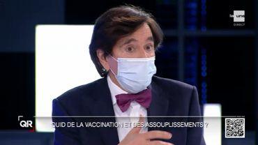 """Pour Elio Di Rupo, permettre aux médecins généralistes et spécialistes de vacciner les patients présentant des comorbidités serait """"une voie de solution""""."""