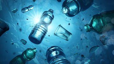 Les fonds marins jonchés de 14 millions de tonnes de microplastiques, selon une étude australienne.