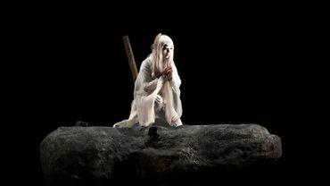 """La comédienne japonaise Micari dans """"Antigone""""."""