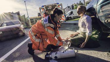 Vers un système d'appel d'urgence en cas d'accident de la route sur son smartphone.