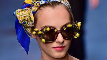 Depuis plusieurs saisons déjà, l'imprimé citron est associé à la maison Dolce & Gabbana