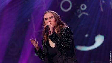 Cloé de Prouvy qualifiée pour les 1/4 de finale de The Voice !