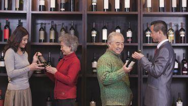 Historiquement plus portés sur la bière et l'alcool fort, les Chinois rattrapent à grandes gorgées leur retard en matière de vin