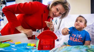 La reine Mathilde a rendu visite aux enfants de l'hôpital des enfants Reine Fabiola