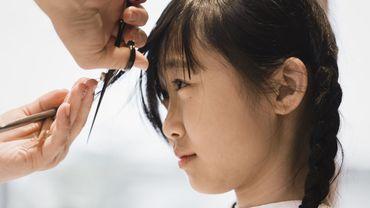 Une simple mèche de cheveux pour déceler la dépression chez les adolescents.