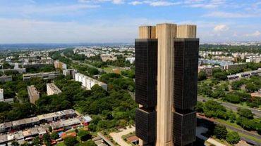 Investir dans les obligations des pays émergents peut s'avérer très rentable mais gare au retour de manivelle. A laisser aux seuls professionnels. Ici la Banco Central do Brasil.