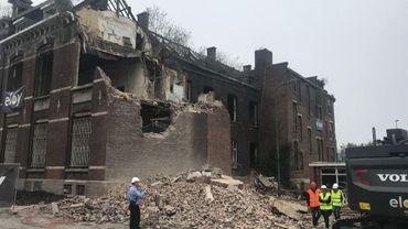 La démolition de l'ancien bâtiment de la Garenne a commencé à Charleroi