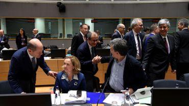 Zone euro: les ministres des Finances de l'UE s'accordent sur une réforme a minima