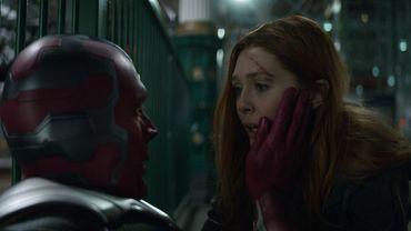 """Vision et Scarlet Witch ont joué dans le dernier """"Avengers : Infinity War"""", qui a dépassé les 2 milliards de dollars de recettes dans le monde."""