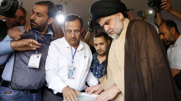 L'alliance inédite du chef religieux chiite Moqtada Sadr et des communistes sur un programme anti-corruption.