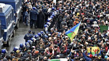 Des milliers de manifestants en Algérie pour le 2e anniversaire du Hirak