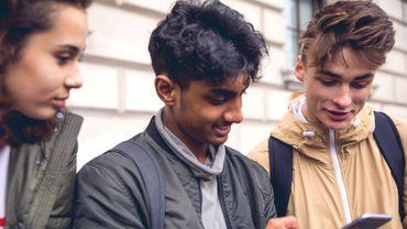 Les smartphones n'augmenteraient pas les risques de dépression des adolescents.