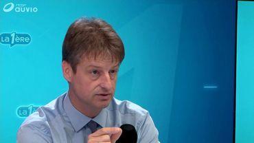 """Olivier Chastel réagit aux propos de Bart De Wever sur des élections anticipées: """"La N-VA avait tout orchestré"""""""