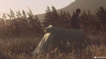 Capture d'écran d'un clip réalisé par Decathlon pour les 10 ans de la tente Quechua 2 seconds