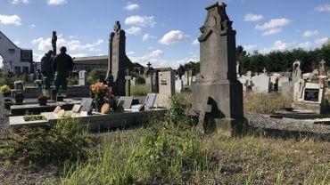 Après le confinement, l'état des cimetières a fait l'objet de plaintes.