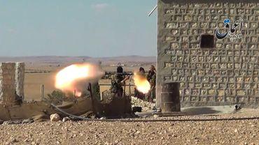 Syrie: les jihadistes contrôleraient désormais une ville à la frontière turque