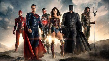 """Les super-héros de """"Justice League"""" se placent sur la plus haute marche du podium pour la deuxième semaine consécutive."""