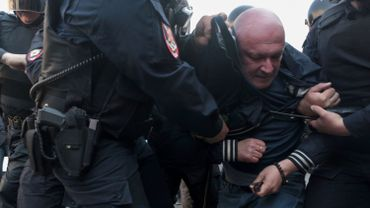 Russie: plus de 60 arrestations après des slogans anti-Poutine à Saint-Pétersbourg