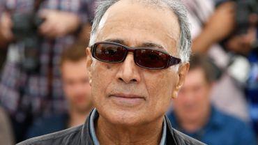 """Abbas Kiarostami, Palme d'or du festival de Cannes en 1997 pour """"Le goût de la cerise"""", est décédé le 4 juin à Paris à l'âge de 76 ans, d'un accident vasculaire cérébral selon des médias iraniens."""