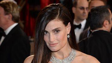 Idina Menzel lors de la soirée de remise des Oscars, le 2 mars 2014