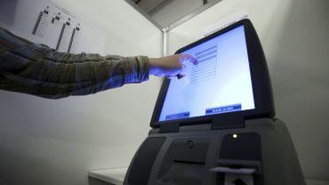 Un ordinateur pour le vote électronique