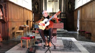 Le 14 février dernier, Quentin Dujardin dans l'Eglise de Crupet donne un concert devant 15 invités, la plupart artistes comme lui, et privés de travail depuis de longs mois