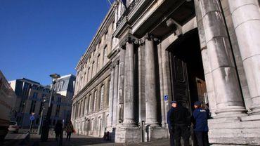 Palais de justice de Liège: fausse alerte sur la présence d'un djihadiste
