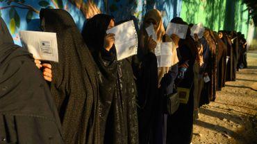 Election présidentielle en Afghanistan: 15 blessés dans un attentat près d'un bureau de vote à Kandahar